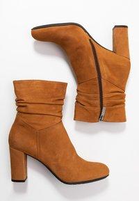 PERLATO - Kotníkové boty - camel - 3