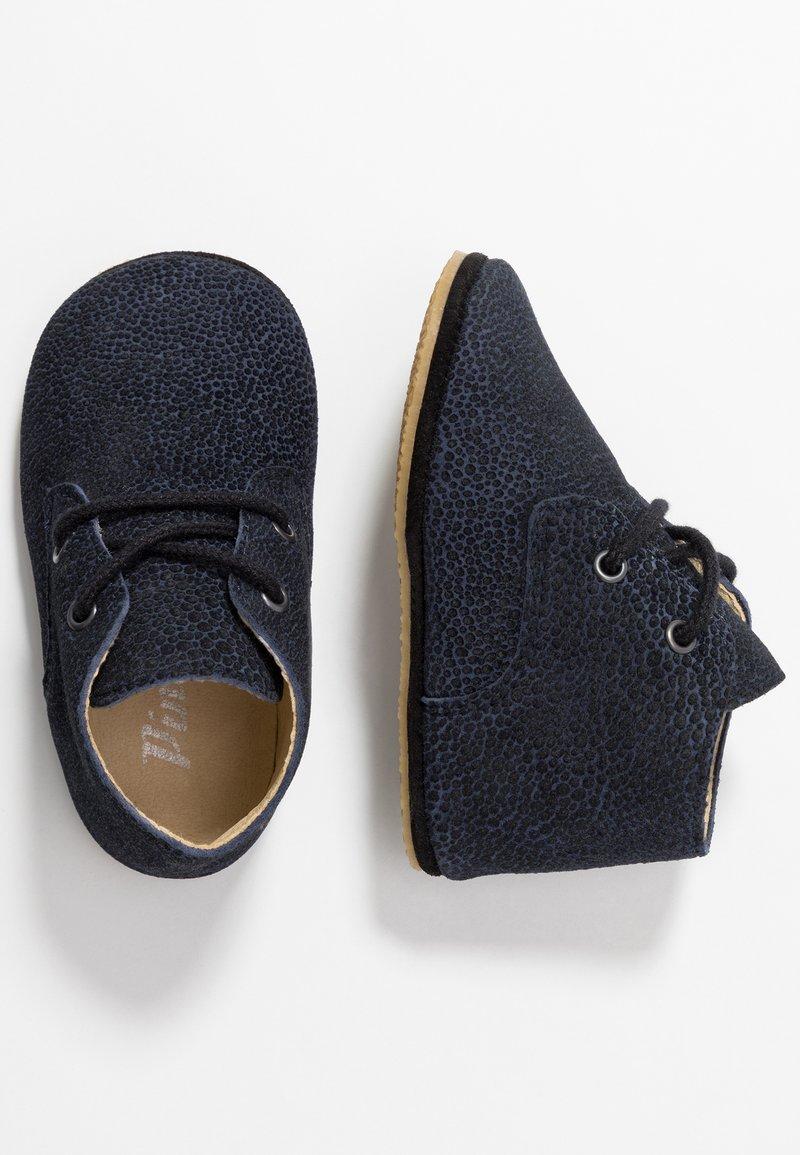 Pinocchio - První boty - blue
