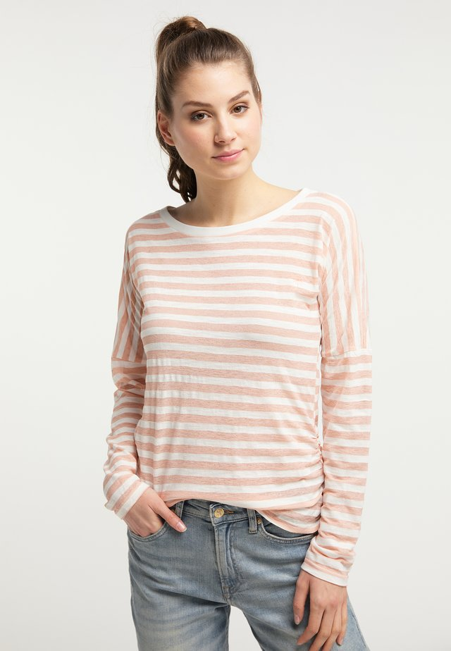 Long sleeved top - hot coral
