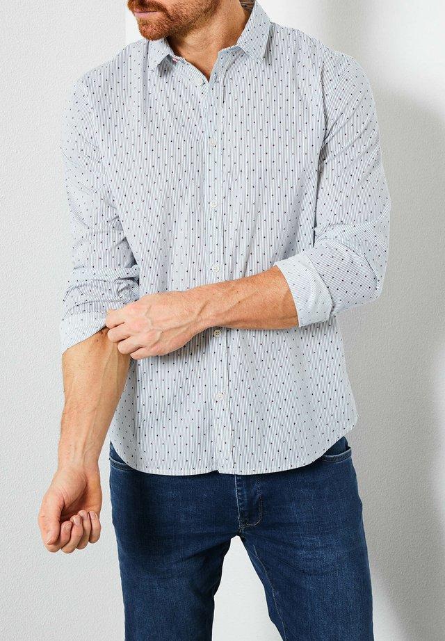 Shirt - chalk white