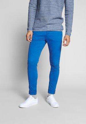 Chinot - dayton blue