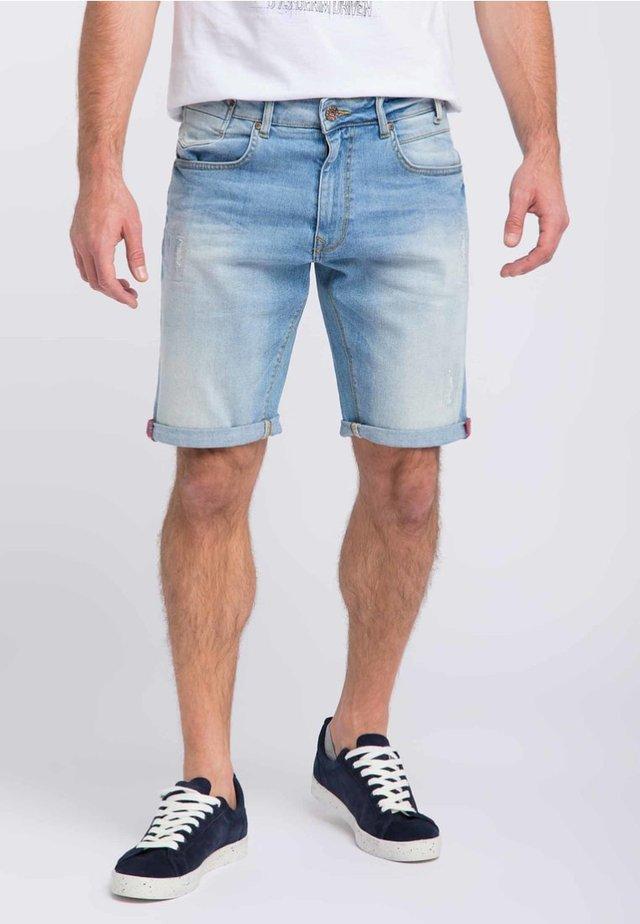Shorts - light vintage
