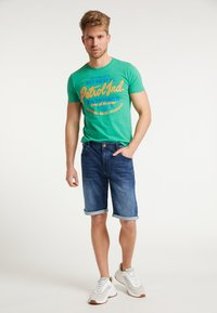 Petrol Industries - SHORTS - Farkkushortsit - deep blue sea - 1