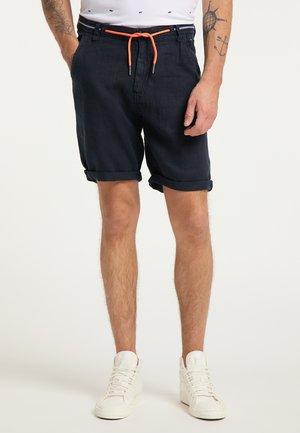 Shorts - deep capri