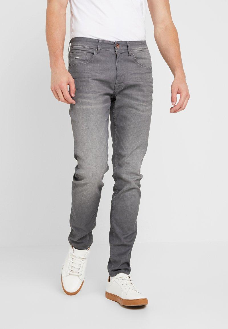 Petrol Industries - SEAHAM COATED - Slim fit jeans - medium steel