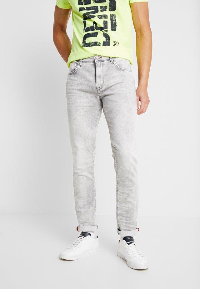 JACKSON - Jeans Slim Fit - dusty silver