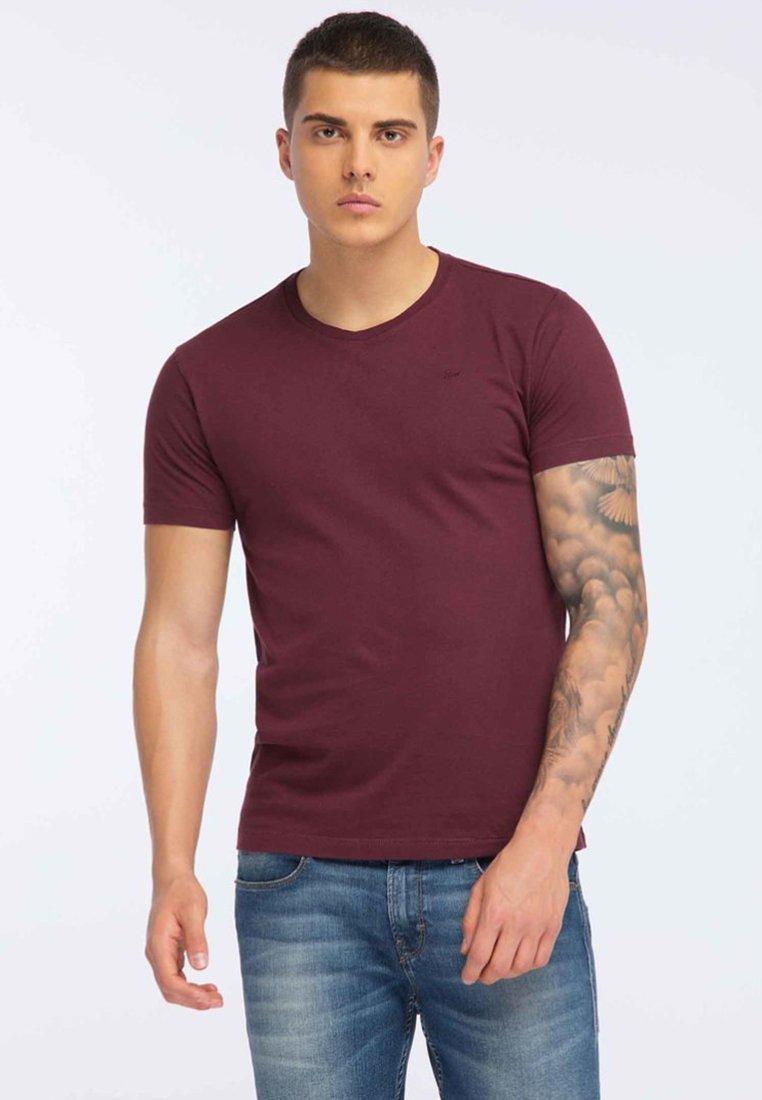 Petrol Industries - T-Shirt basic - burgundy
