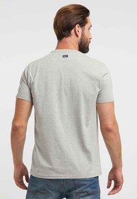 Petrol Industries - T-shirt med print - light grey - 2