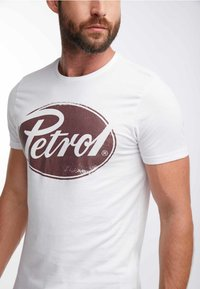 Petrol Industries - T-shirt med print - bright white - 3