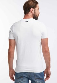 Petrol Industries - T-shirt med print - bright white - 2