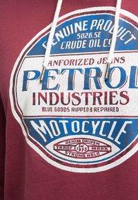 Petrol Industries - Hættetrøjer - maroon - 3