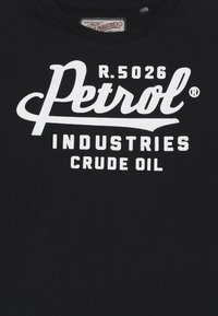 Petrol Industries - Longsleeve - black - 3