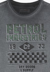 Petrol Industries - T-shirt imprimé - raven grey - 3
