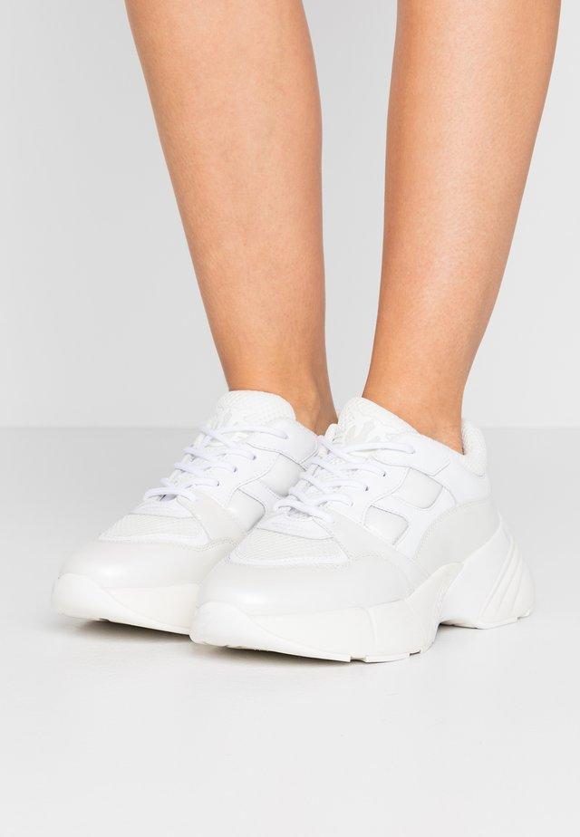 RUBINO - Sneakersy niskie - bianco