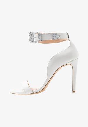CURCUMA - Sandály na vysokém podpatku - bianco
