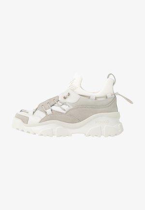 CUMINO  - Sneaker low - bianco