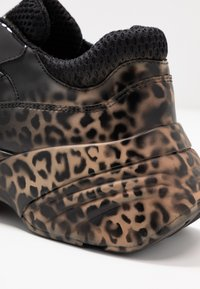 Pinko - RUBINO ANIMALIER - Trainers - multicolor/nero - 2