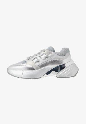 RUBINO - Sneakers basse - argento