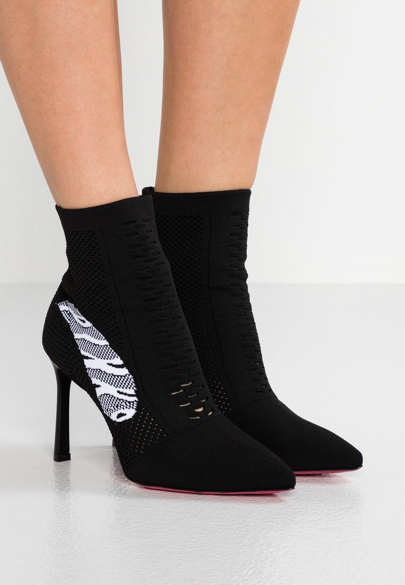Pinko - EMATITE TRONCHETTO CALZA - High heeled ankle boots - black