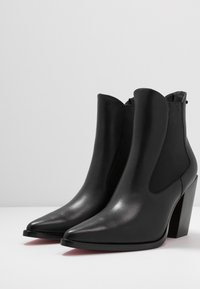 Pinko - ENDINE - Classic ankle boots - black - 4
