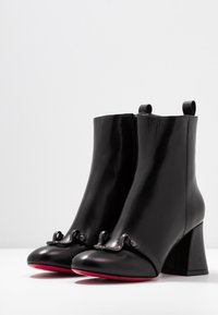 Pinko - MAGGIORE - Korte laarzen - black - 4