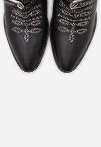 Pinko - RAFANO STIVALE - Cowboy/biker ankle boot - black - 6