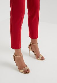 Pinko - BELLO PANTALONE  - Leggingsit - red - 4