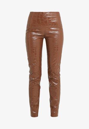 GRADINO PANTALONE COCCO LUCIDATO - Trousers - brown