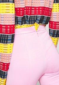 Pinko - MANDARINO PANTALONE PUNTO STOF - Trousers - fiore di rosa - 4