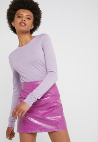 Pinko - OPINION GONNA COCCO LUCIDATO - Minifalda - purple - 3