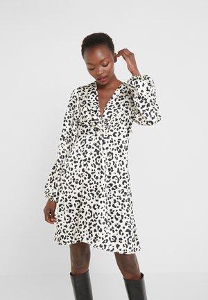 FRAPPE ABITO TWILL MACULA - Day dress - bianco/nero