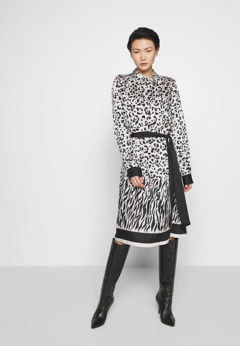 Pinko - ALICIA MACU - Sukienka koszulowa - bianco/nero