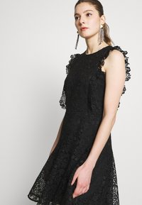 Pinko - TRIGUN ABITO MACRAME MELA - Cocktail dress / Party dress - black - 3