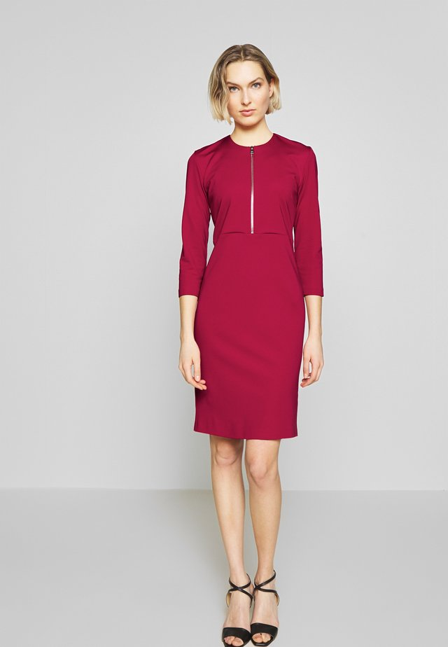 PANNACOTTA ABITO PUNTO STOFFA - Shift dress - rosso persiano