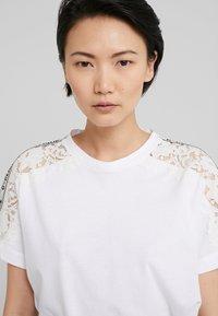 Pinko - QUERCIA - Print T-shirt - white - 3