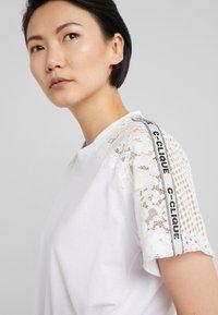 Pinko - QUERCIA - Print T-shirt - white - 5