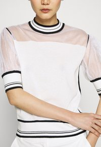 Pinko - VERZELATA MAGLIA - T-shirts med print - bianco/nero - 5