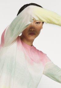 Pinko - ILE DE FRANCE MAGLIA  - Sweter - rosa/verde/giallo - 3
