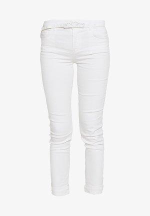 SABRINA  - Skinny džíny - bianco