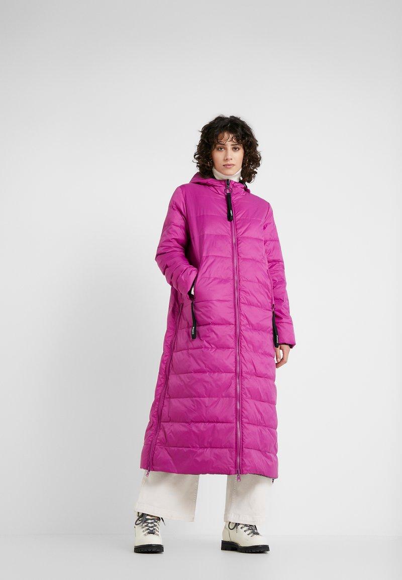 Pinko - VORREI PIUMINO GLOSSY - Winter coat - ciclanino nero