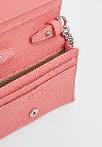 Pinko - JOLIE SIMPLY CREDIT CARD  - Portafoglio - bubble pink - 4