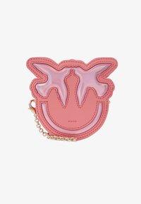 Pinko - LUCKY TRACOLLINA - Lompakko - bubble pink - 1