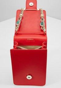 Pinko - LOVE SMART JEWELS - Across body bag - red - 4