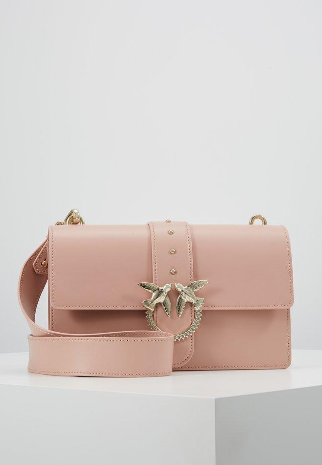 LOVE CLASSIC STRAP - Umhängetasche - dust pink