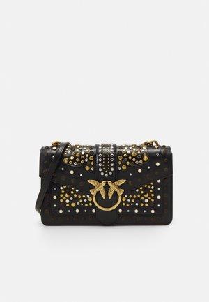 LOVE CLASSIC ICON NEW STUDS VINTAGE - Handtasche - black