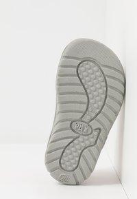 Pax - SURFA - Chodecké sandály - white - 5