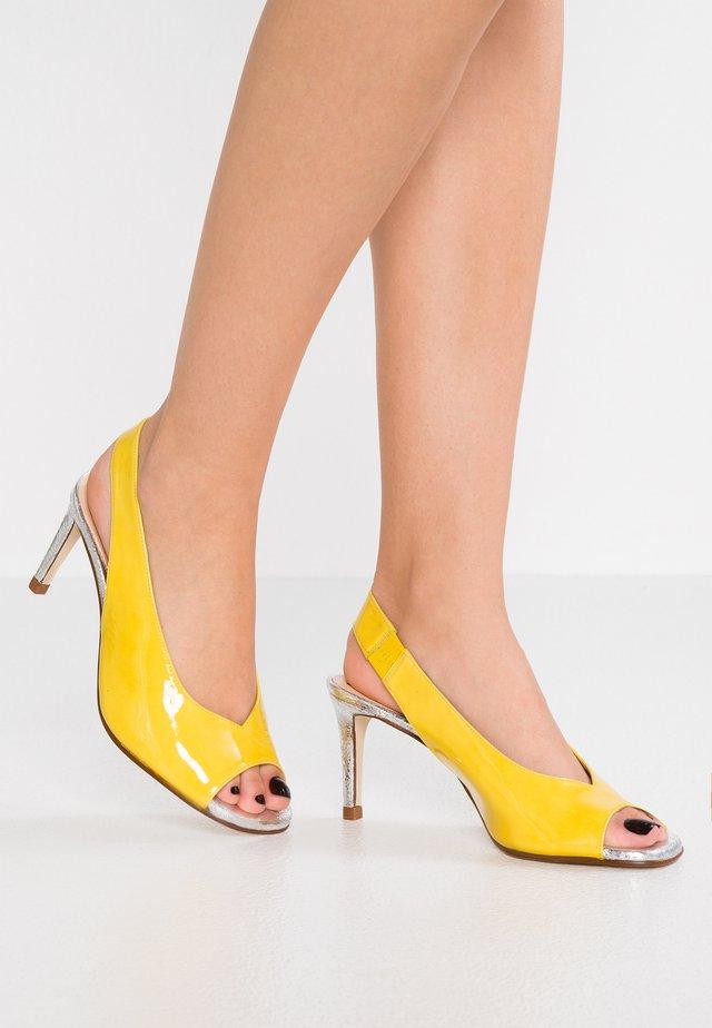 BALI - Sandały - limone
