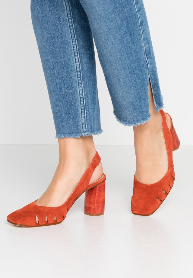 BIMBA - Klassiska pumps - brick
