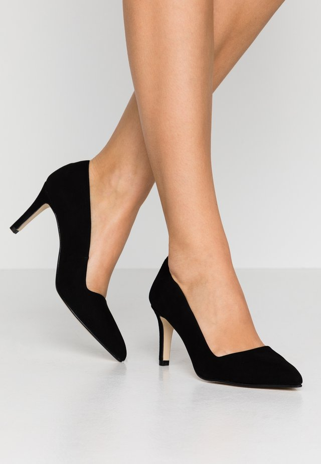 CLAIRE - Pumps - black