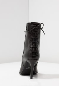 Paco Gil - MINA - Classic ankle boots - bravo black - 5
